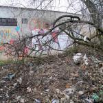 Čierna skládka vNovej Dubnici špatí lokalitu sídliska Dlhé diely